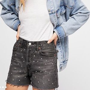 Brand new (Tags on) Levi's High Rise Wedgie Shorts